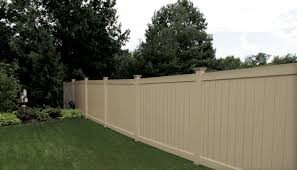 Eclipse Vinyl Pool Fence