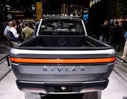 Elektrische automaker Rivian trekt naar ...