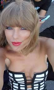 Taylor Swift Naked 15 Photos
