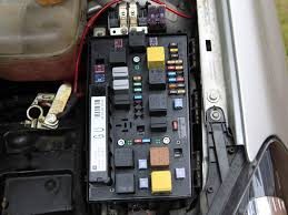 astra h how to retrofit afl headlights pecky the tech guru remove the battery and the lid to the fusebox