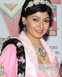 Sharmilee Raj, Dev Joshi and Aditi Sajwan - sab-tv-celebrates-its-new-look-2_th