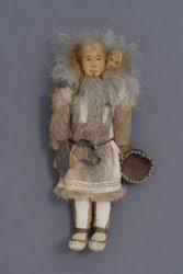 Doll made by Effie Richards, Iñupiaq (1893 - 1958) of Kotzebue, Alaska.  Sister of doll maker Ethel Washington. | Spirit dolls, Native american art,  Dolls