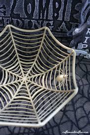 Quick DIY Spiderweb Bowl