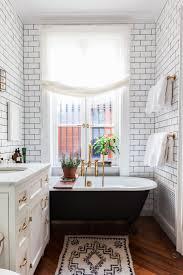 simple white bathrooms. Love This Simple White Bathroom! Black Bathroom, Tile, Bathroom Subway Tile Bathrooms S