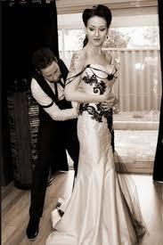 tanya ross elegant victorian gothic wedding corset wedding