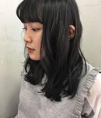 セミロングミディアムストレートの髪型14選黒髪のヘアアレンジも Belcy