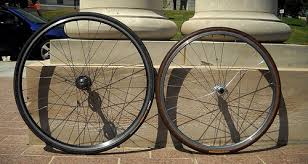 700c vs 26 inch wheel size for bicycle