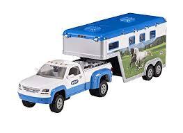 amazon breyer truck and gooseneck trailer breyer lemates toys games