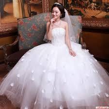 فساتين زفاف images?q=tbn:ANd9GcS