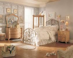 Antique Bedroom Decorating Ideas Impressive Decorating Ideas