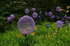 garden decorations. Chicken Wire And Spray Paint Create These Cool Garden Decorations. Decorations