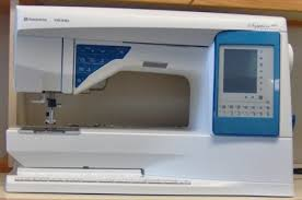 Husqvarna Viking Sapphire 830 Sewing Machine