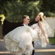 Quelles Poses Prendre Pour Tre Belle Sur Ses Photos De Mariage