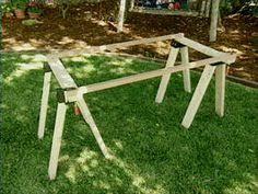 Floor-Standing Quilt Frame - tutorial -- not sure I will ever hand ... & DIY quilt frames using sawhorses Adamdwight.com