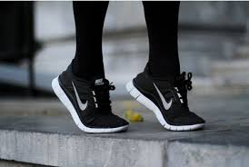 black nike running shoes tumblr. sport shoes tumblr black nike running