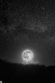 Znalezione obrazy dla zapytania stars and moon black and white