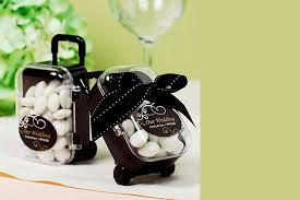 Resultado de imagem para Lembrancinhas criativas de casamento