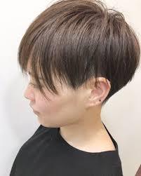 アッシュブラウン 刈り上げのヘアスタイル髪型ヘアカタログ