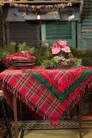 25 Unique Christmas Table Cloth Ideas On Pinterest Christmas
