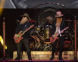 ZZ Top, <b>Cheap Trick</b> make a fairly cool finale at the grandstand | Star ...