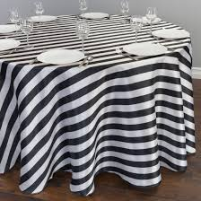 accessories black and white tablecloth