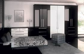Perfect High Gloss Black And High Gloss White Bedroom Picture