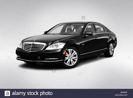 2010 Mercedes-Benz S-Class Hybrid S400 in Black - Front angle view ...