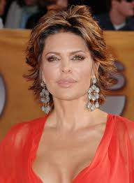 Lisa Rinna Hairstyles Hairstyle For Oblong Facesmatched Anyone Who Is Bored With The Old
