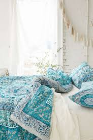 White And Turquoise Bedroom Turquoise And White Bedroom Home Design Ideas