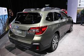 2018 subaru outback redesign. wonderful outback 2018 subaru outback new york auto show featured image large thumb3 intended subaru outback redesign