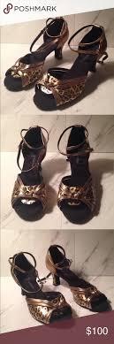 Beautiful Wuzhiyan Leopard Ballroom Dance Shoes Beautiful