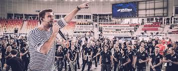 Новости о лучших праздниках города Сочи Ведущий Сочи Климушин Станис Тимбилдинг Сочи Балтика