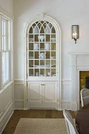 the one white trim and wall color that