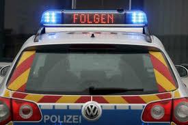 Polizei Jagt Autofahrer Mit 14 Fahrzeugen Ohne Erfolg