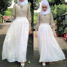 Even if you can't pull an entire new outfit together, treat yourself to a pretty new hijab to wear with whatever beautiful thing you choose from your closet! 30 Latest Eid Hijab Styles With Eid Dresses 2021 Eid Fashion