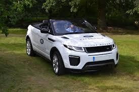 Minute Junior Off-Road Range Rover Evoque Convertible Driving ...