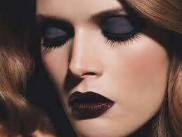 6 weeks award in makeup application