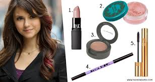a pink toned blush and a lipstick will plete this fresh and natural look