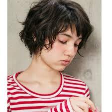 魅惑の可愛さ黒髪ベリーショート知らなかった実はオンナ度高い髪