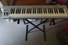 m audio keystation 61es midi controller keyboard stand sustain pedal