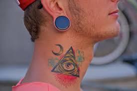тату на шее татуировки 127 фото