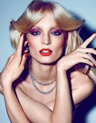 we love this 70s inspired hair make up