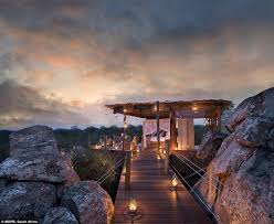 Merge With Nature Worldu0027s Coolest Treehouse Luxury Hotels Treehouse Hotel Africa