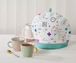 Free sewing patterns: How to make a fabric tea cosy* - Mollie Makes & free-sewing-pattern-fabric-tea-cosy-tutorial Adamdwight.com