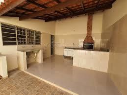 Ótima localização, sala, 2 dormitórios, 2 banheiros, cozinha, lavanderia, quintal e garagem. Casa Para Comprar No Bairro Jardim Shangrila Em Itapetininga Cod 44582