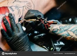 создание татуировки стоковое фото Dragonfly666 178052884