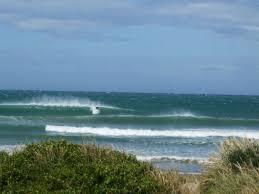 dinner plates nz surf. car parks left, porpoise bay dinner plates nz surf