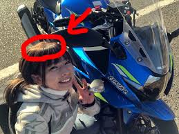 ヘルメットは髪型が崩れるω でも便利なアイテムがあっ