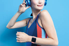 How Fitbits Versa Lite Smartwatch Differs From The Popular