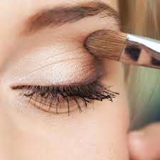 for a natural everyday eye makeup look pick up an universal eye palette in a neutral shade for impact and dimension